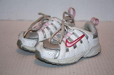 Nike White w/ Pink Swoosh Baby Non