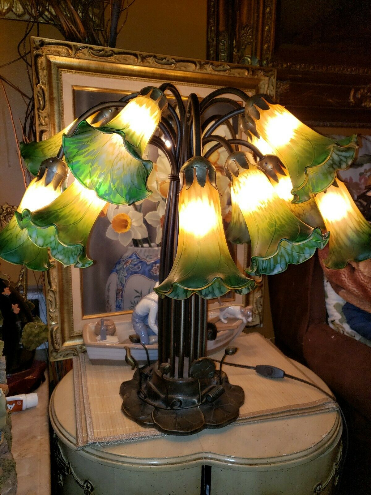 Dale Tiffany 15 Light Green Yellow Glass Shades Lily Pad Table Lamp For Sale Online