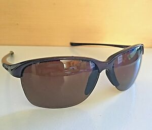 5c5f54b59a7 Image is loading Nice-Oakley-Polarized-Unstoppable-Sunglasses-Blackberry -Frames-Brown-