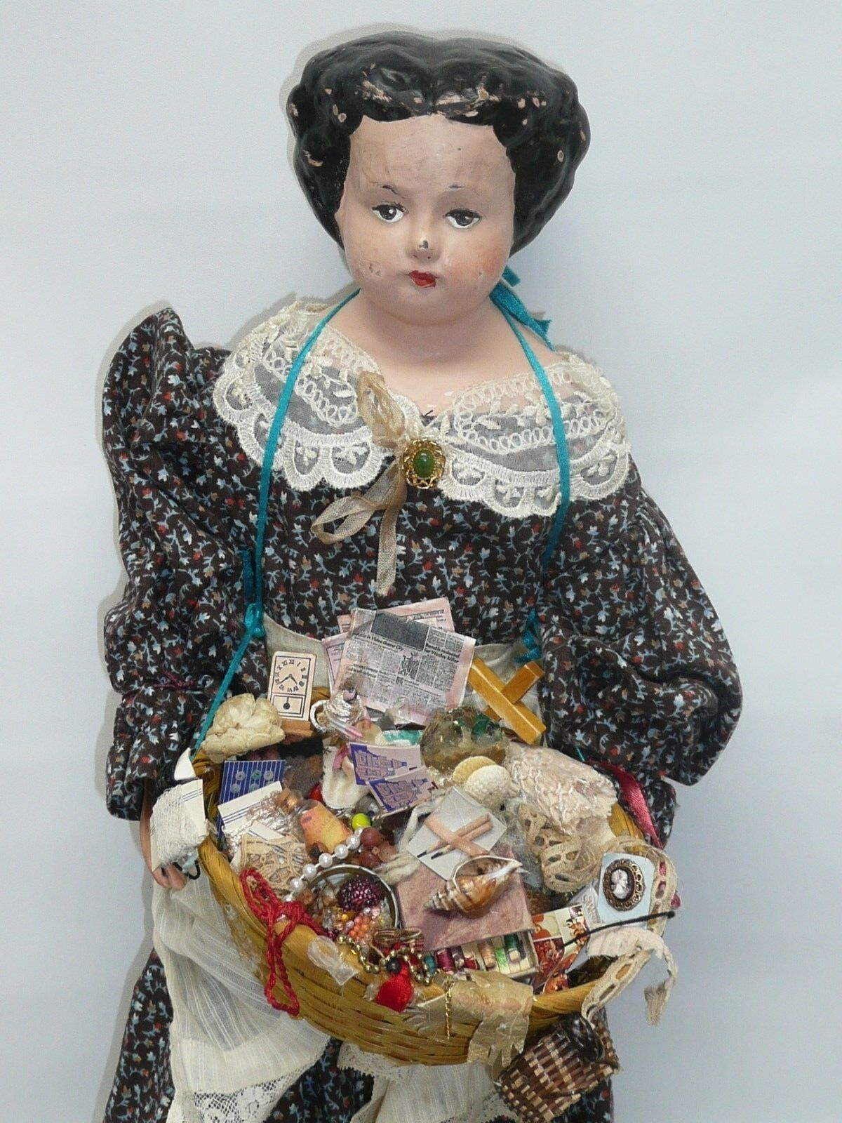 21  Vintage Peddler Doll, Wonderful Detailing, Antique Looking, As Found