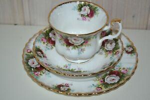 Royal-Albert-Bone-China-England-Celebration-Kaffeegedeck-Sammeltasse-3-Tlg-1Per