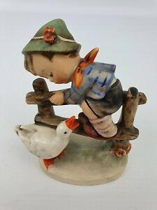 Barnyard-Hero-Boy-Goose-Hummel-Goebel-195-2-0-Figurine-TMK-4-3LM-3-Line-Bee-4-034