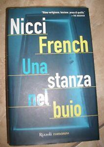 NICCI-FRENCH-UNA-STANZA-NEL-BUIO-ED-RIZZOLI-ANNO-2004-QM