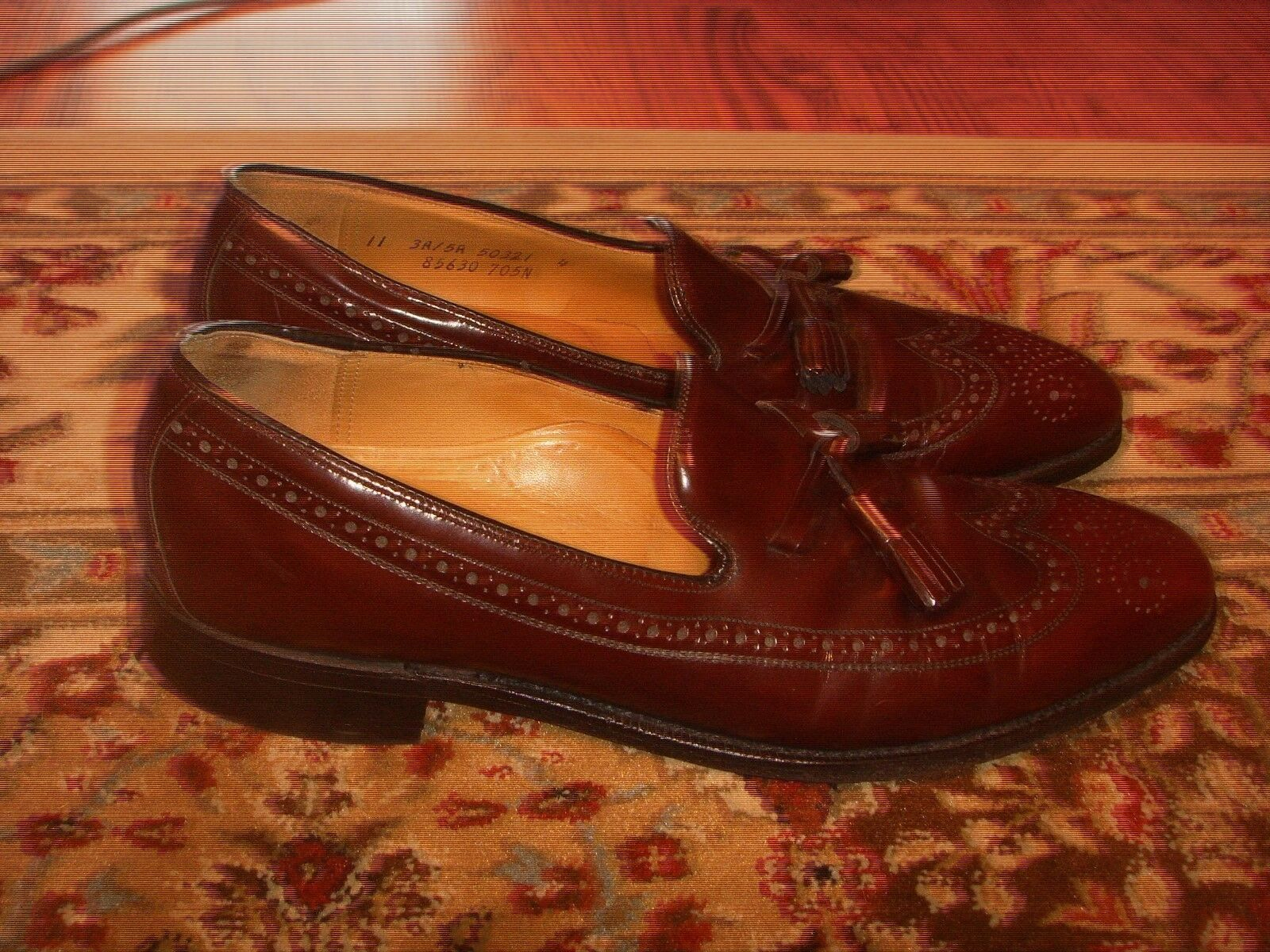 Johnston & Murphy Aristocraft Burgundy Wing Tip Tassel Slip On Mens Größe 11(3A)