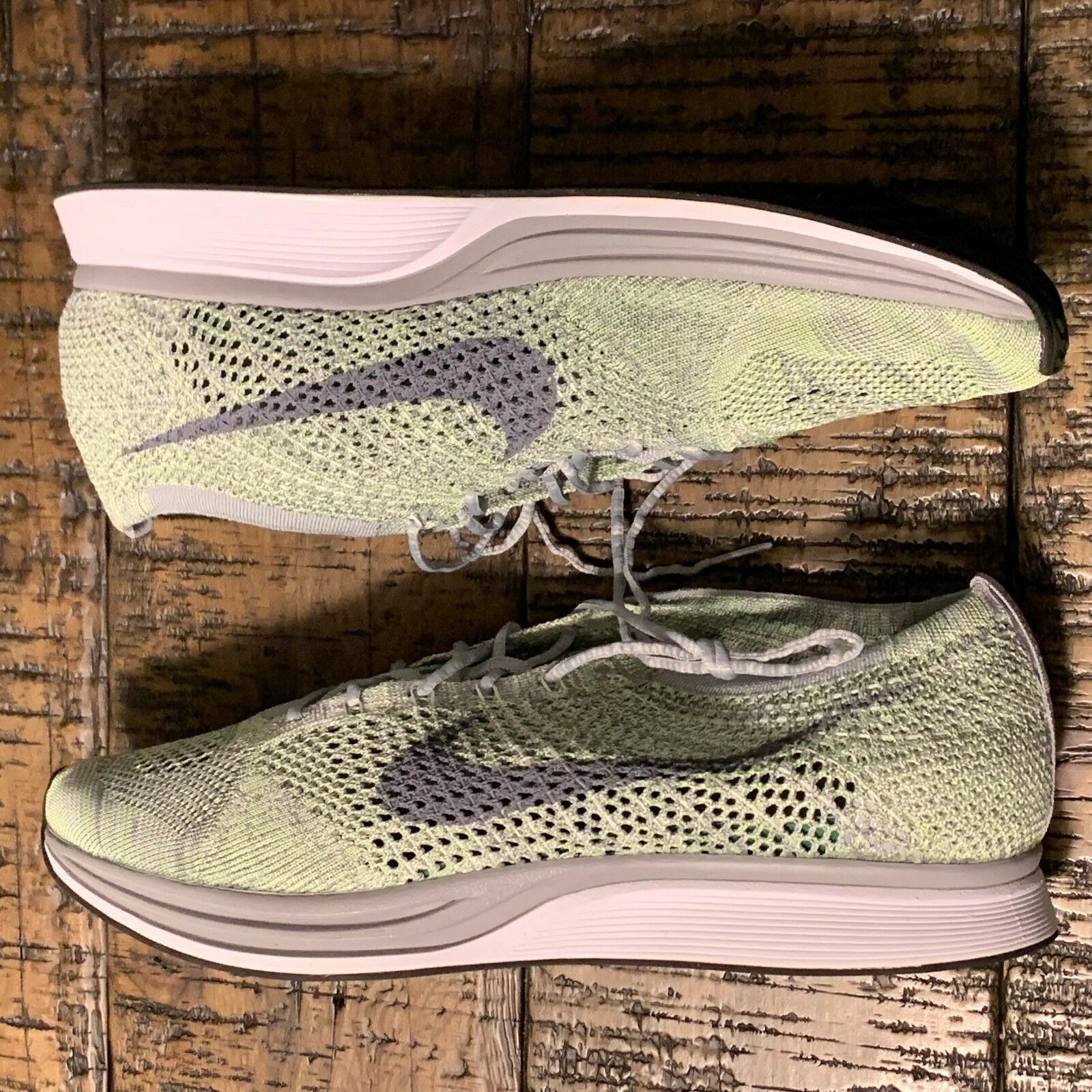 Nike Flyknit Racer Men's Running shoes Ghost Green 526628-103 Size 13 NOBOXTOP