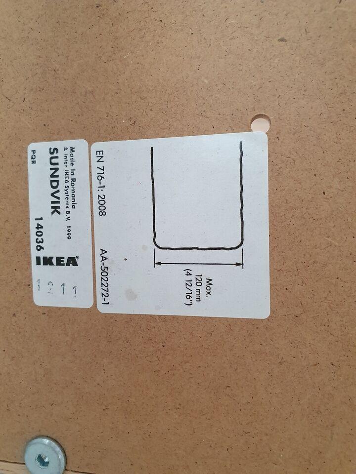 Tremmeseng, IKEA Sundvik tremmeseng, b: 66,5 l: 124,5