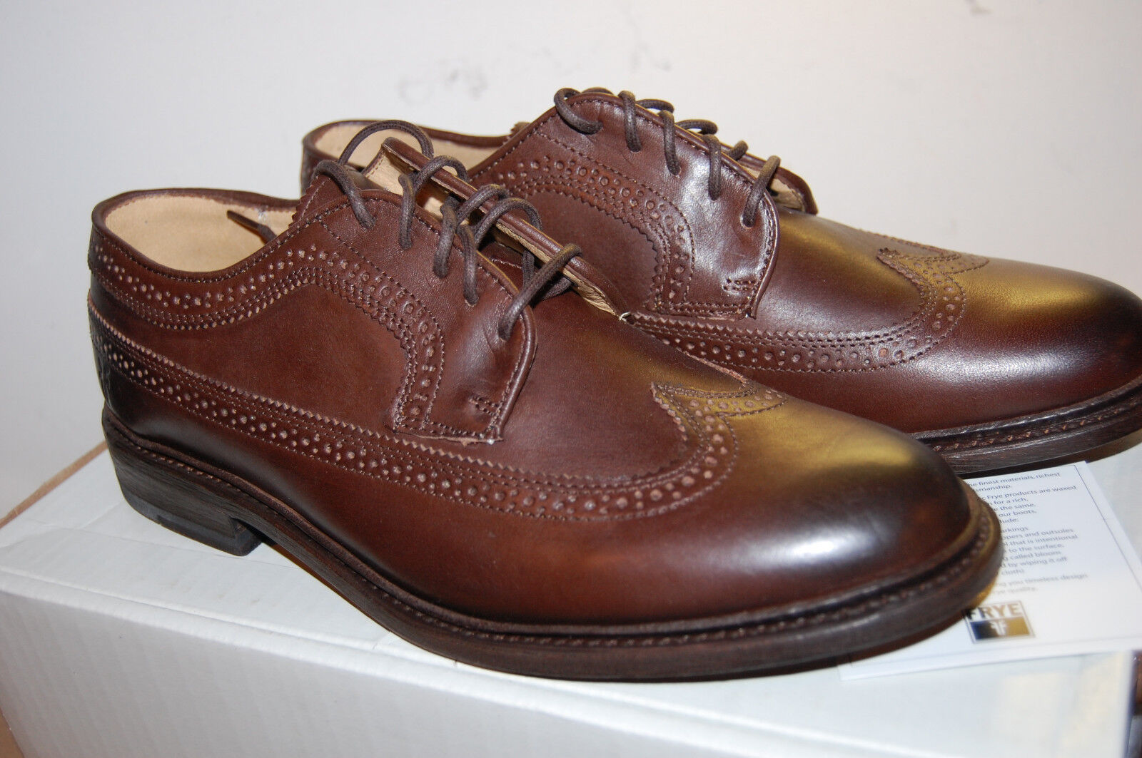 Zapatos De Cuero nuevo En Caja Frye James punta del ala para Hombre Artesanal Marrón Oscuro envejecido 10 Med