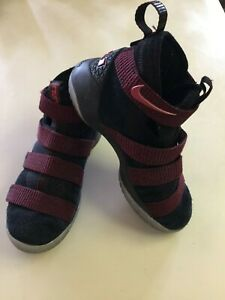 aa4f3c717a27 NIKE LEBRON SOLDIER XI 11 Youth 5.5Y Black Red Shoes 918369-008