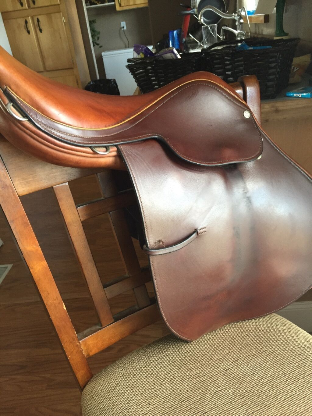 16 inch Moritz England English saddle
