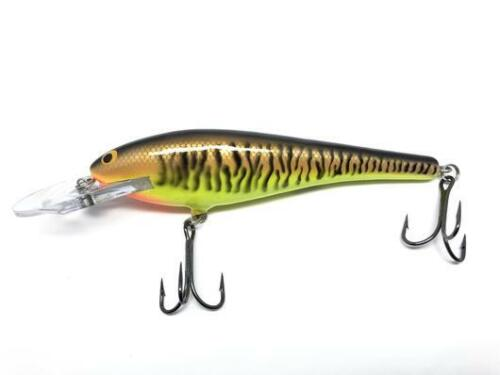 Bagley DB06-LMY Musky Fishing Lure New in Box Little Musky on Yellow Color