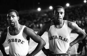 OLD-LARGE-PHOTO-USA-athletics-great-1968-Mexico-Olympic-Gold-Tommie-Smith-4