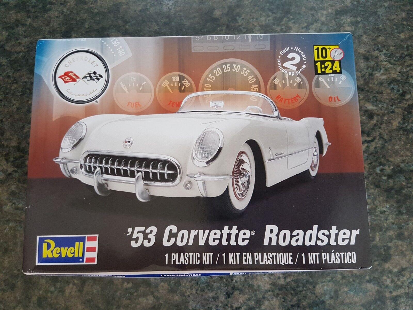 Revell 1 24 '53 Corvette Roadster Classic Car Great Condition Rare Version