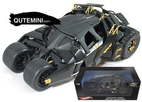 1 18 Hotwheels BMH74  The Dark Knight Trilogy Batman Begins Batmóvil Tumbler
