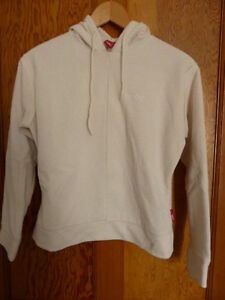 HOI-POLLOI-Cream-Fleece-Hoody-Size-Small