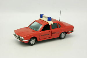 Gama-1-43-BMW-528-E28-Feuerwehr-Bomberos
