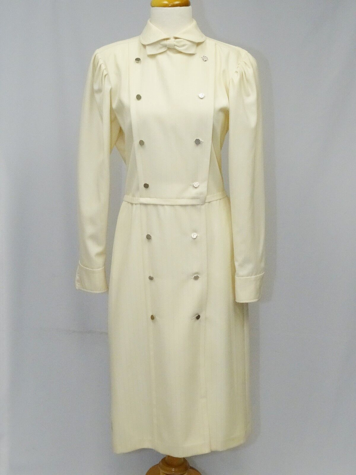 VINTAGE EMANUEL UNGARO PARALLELE IVORY DRESS COAT WITH BOW  sz 12