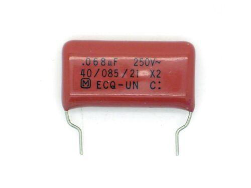 1x Panasonic 0,068µf M 250v ~ MKT x2 .068µf, 68nf, 0,068uf, condensatore d104