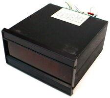Newport Laboratories 400AS-2 A3 .1/.05 Amp 115/230VDigital Panel Voltmeter Meter