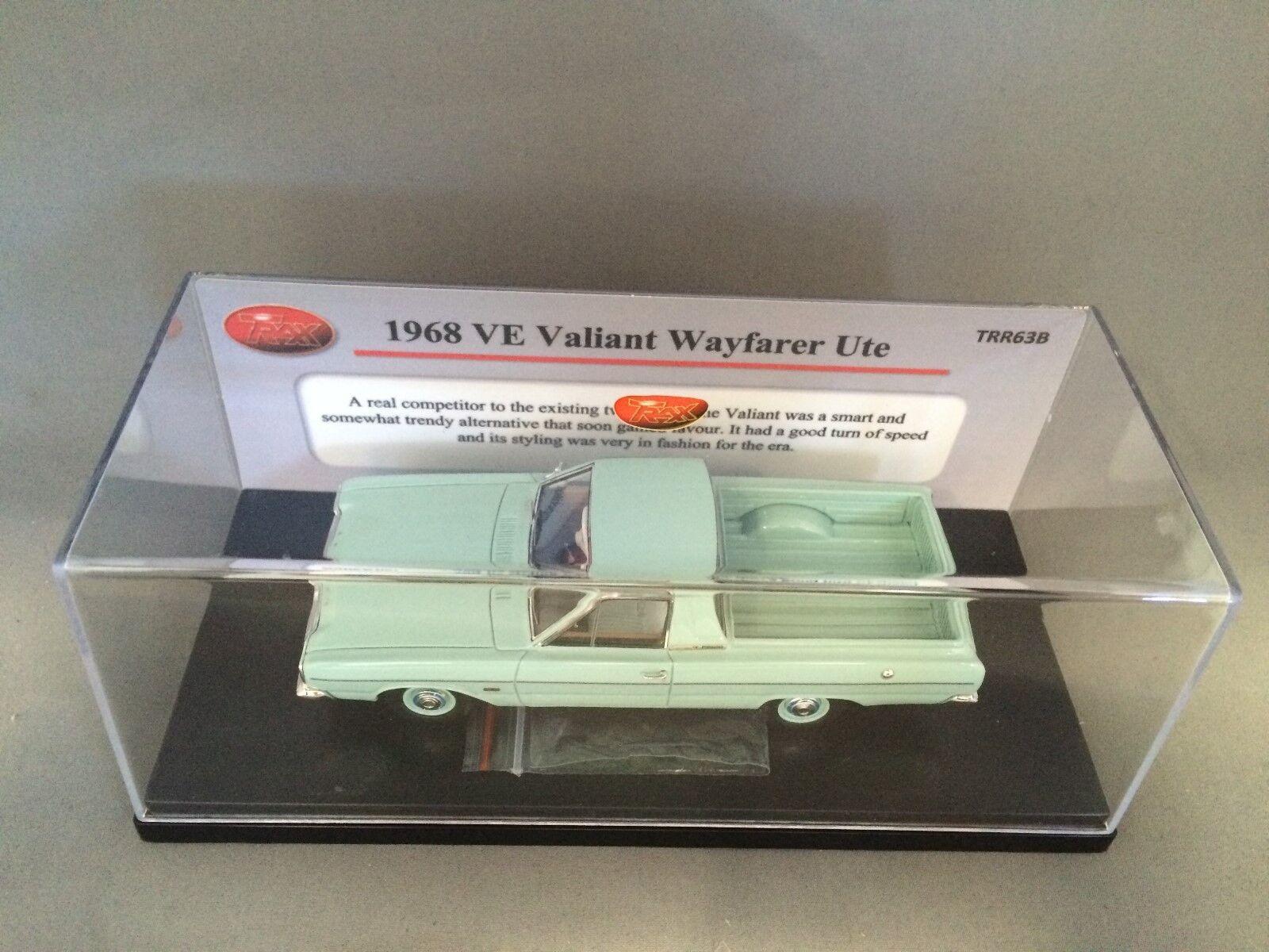 1 43 TRAX TRR63B 1968 VE Valiant Wayfarer Ute - vert