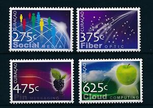 CU039-Curacao-2011-Technology-Social-Media-Apple-MNH