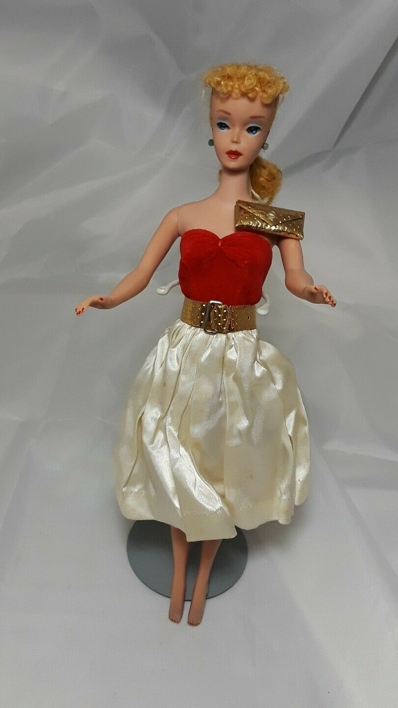Barbie SILKEN FLAME traje Circa 1960