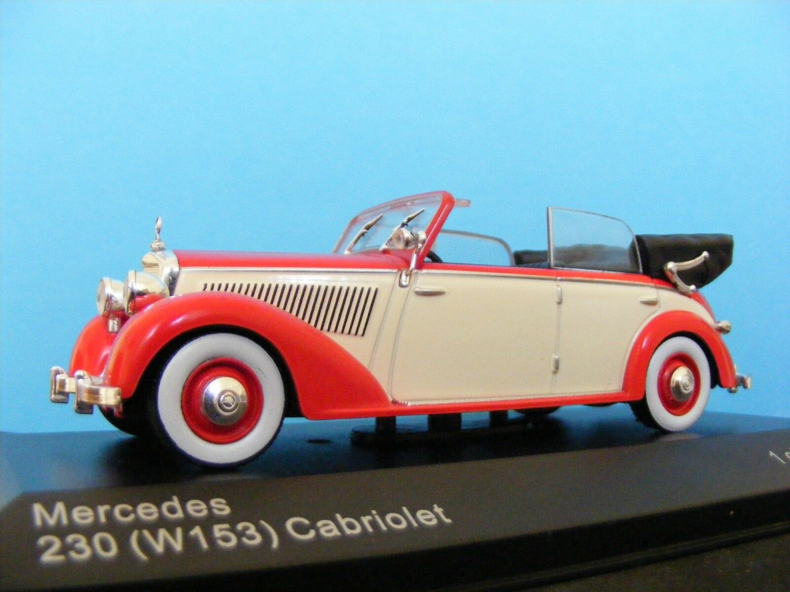 Mercedes Benz 230 4 door conv. 1939 RED White 1 43 Scale New Whitebox Collectors