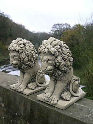 CLASSIC SITTING LIONS (PAIR) STONE STATUE ORNAMENTS