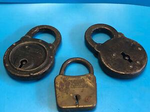 Vtg-Collectible-Lot-Of-3-Yale-amp-Towne-Mfg-Co-Locked-Pad-Locks-No-Keys-USA