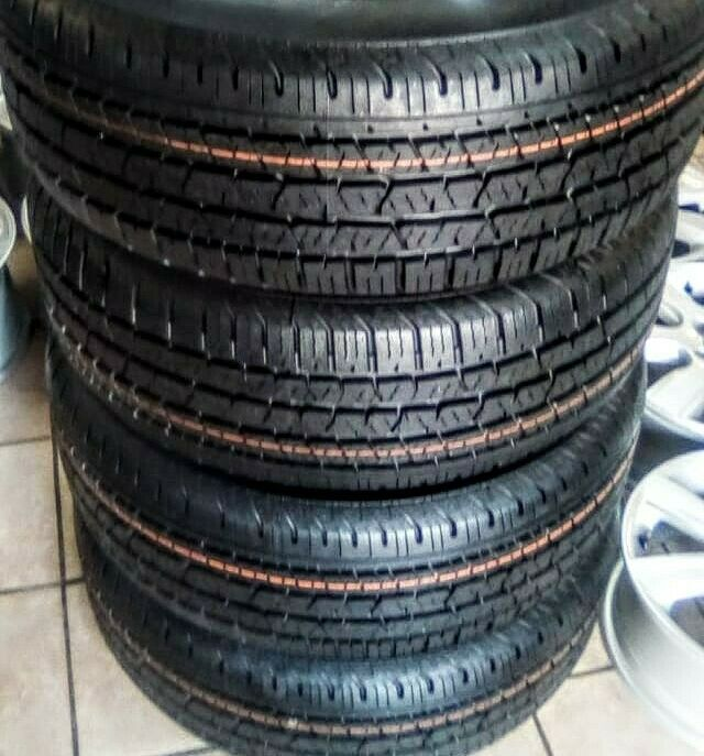 265/60/18 Continental Cross Contact brand new set R6999.