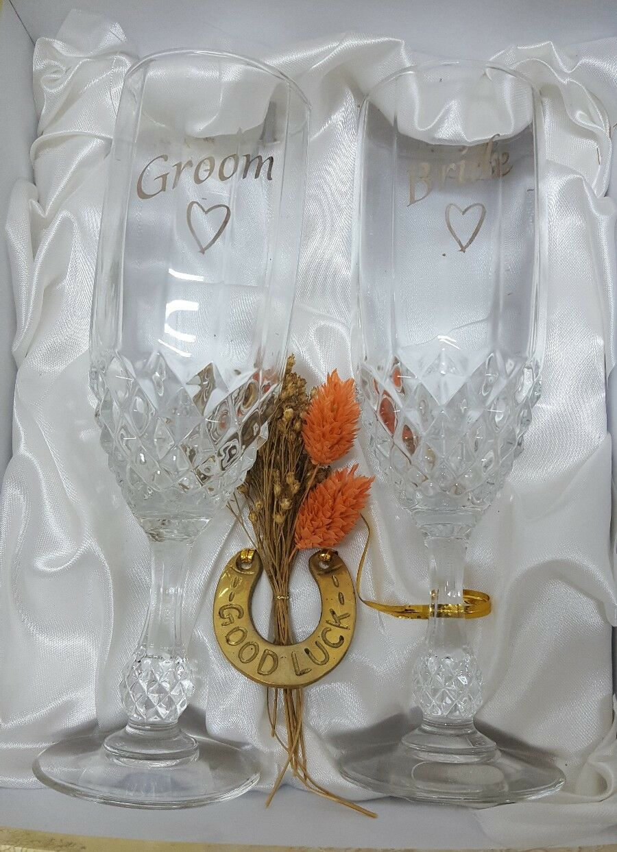 Wedding champagne glasses cup  groom and bride