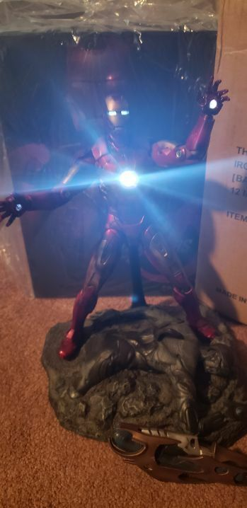 Hot Toys Marvel Avengers - Iron Man Mark Mark Mark VII Battle Damage 1 6 Figure 96981b