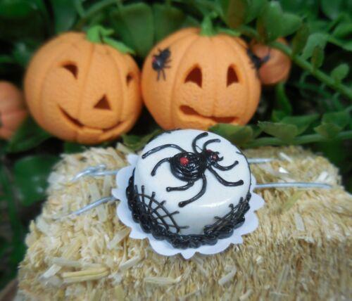 Fairy Garden Spider Web Cake ~ Miniature Halloween Dollhouse Foods