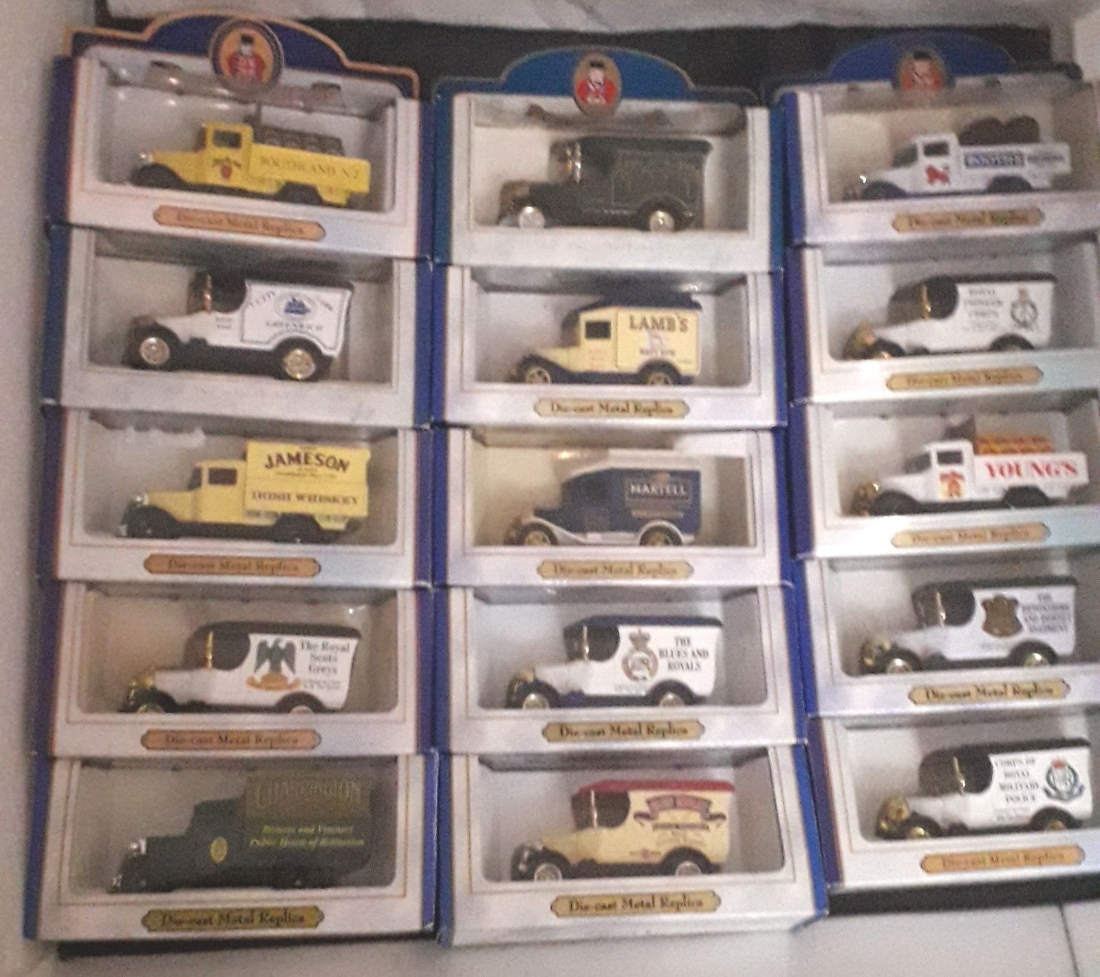 OXFORD DIECAST VANS X 15 BOXED