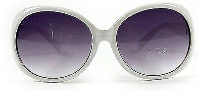 Affidabile Bianco Sovradimensionato Occhiali Da Sole. Protezione Uv400. Stile Classico, Vacanza, Estate-mostra Il Titolo Originale Famoso Per Materiali Selezionati, Disegni Innovativi, Colori Deliziosi E Lavorazione Squisita