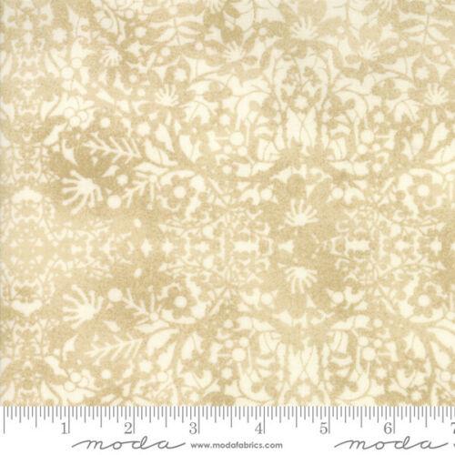 "Moda Winter Village 108/"" Wide Quilt Fabric White Paper Style 11146//11"