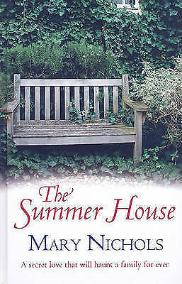 The Summer House (Charnwood Large Print)