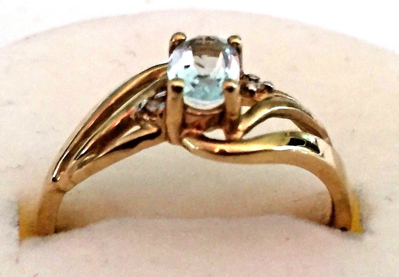 3792   Vintage 10K Yellow gold blueee Topaz with Diamond Accents, Size 7