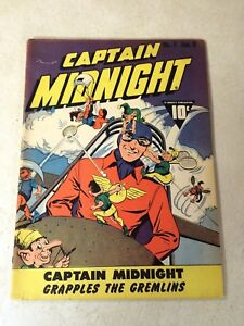 CAPTAIN-MIDNIGHT-4-GRAPPLES-THE-GREMLINS-1943-SCRAPS-THE-JAPS