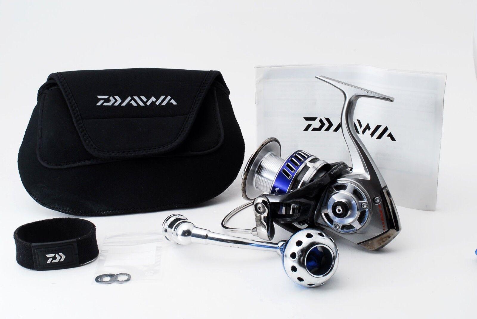 Excellent Daiwa 10 Saltiga 4500H Spinning Reel 255596