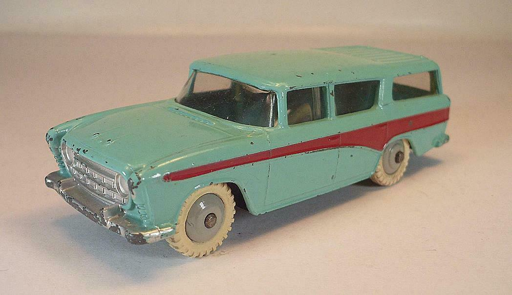 Dinky Toys No 173 Nash Rambler Wagon Mint Green Dark Red