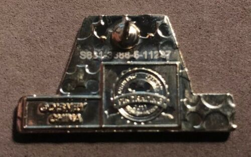 DISNEY WDW 2011 CAST EXCLUSIVE 40TH ANN WORKING DAY CONTEMPORARY RESORT GIFT PIN
