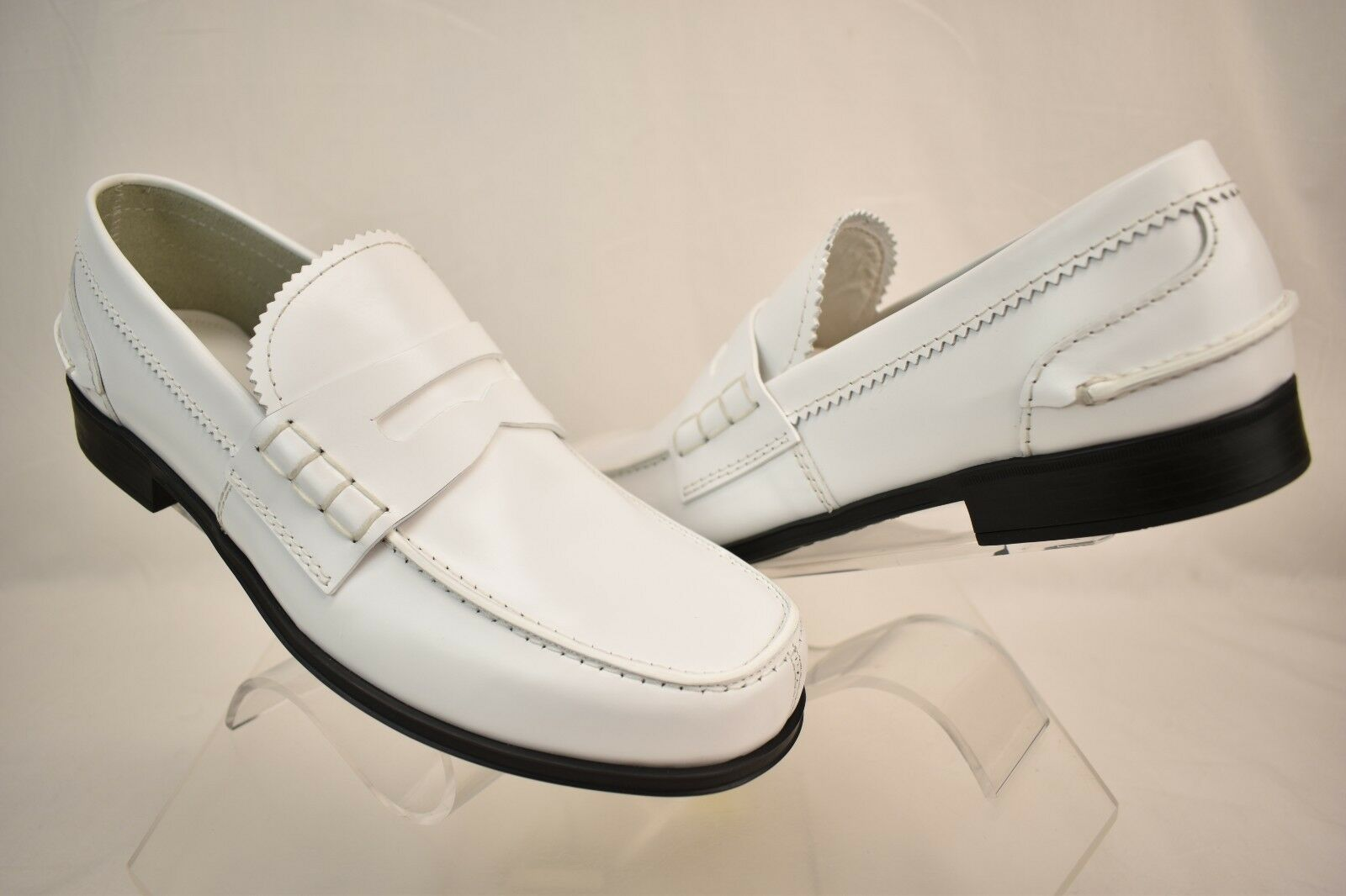 NIB PRADA WHITE POLISHED LEATHER PENNY MOCCASIN LOAFERS 8.5 US 9.5  850 ITALY