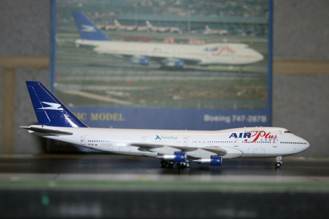 Magic Model 1 400 Air Plus Aerosur Boeing 747-200 EC-IZL Die-Cast Model Plane