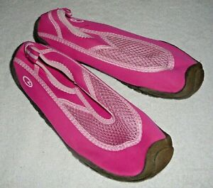 324220df9 CHAMPION WATER SHOES~Pink~Girls Size 2-3 Medium~NEW Without The Tags ...