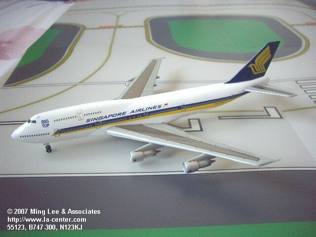 Dragon Wings Singapore Airlines Boeing 747-300 Big Top Diecast Model 1 400 Rare