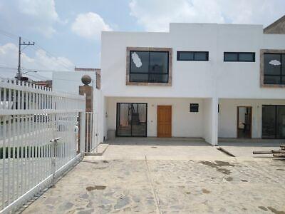 Casa nueva en Coto Nuevo, al sur de Guadalajara