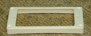 Guitar-Humbucker-Replacement-Mounting-Ring-Bridge-Position-New-Creme