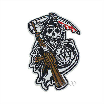 Grim Reaper Skull with Cross Scythes and Wings Middle Finger