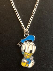 CUTE-BABY-DONALD-DUCK-ENAMEL-Necklace-Silver-Plated-chain-Present-in-Gift-Bag
