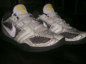 Details about Nike Kobe Mamba Mentality Cracked Pavement 4 AM Size 11.5  Basketball Shoes